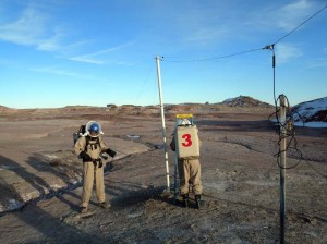 Darrel and Mike raise the north radio telescope antenna